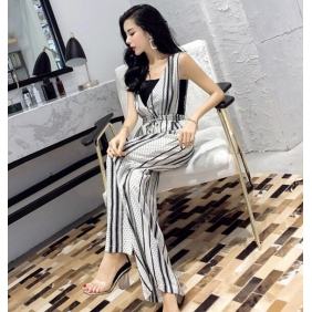 Wholesale Fashion jumpsuit with the inner black top A18435