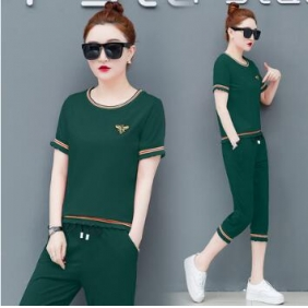 Wholesale Fashion 2-piece tracksuit T10972