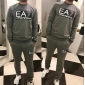 Wholesale Fashion man tracksuit T11059